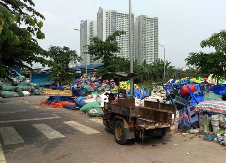 làm giàu từ hạt nhựa tái chế ở làng Triều Khúc